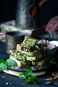 Vegan Creamy Mint Chocolate Popsicles
