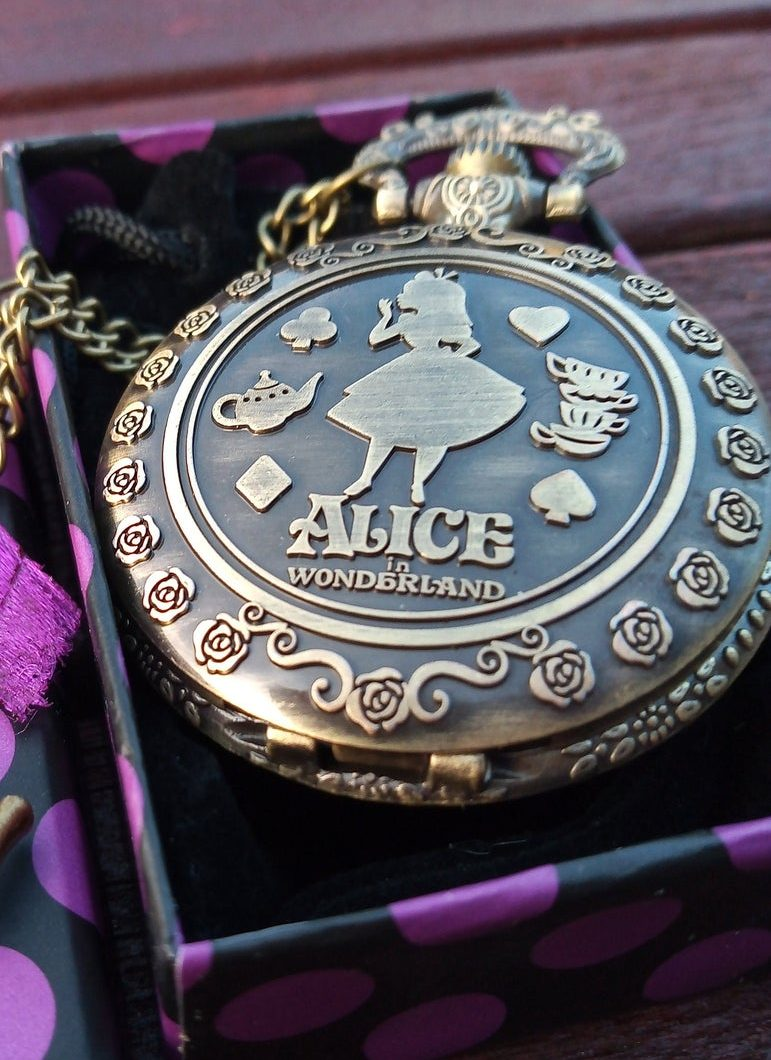 "Alice in Wonderland ""Antique Victorian Style"" Pocket Watch And Chain."