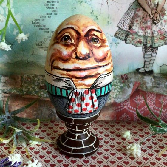 Wooden Humpty Dumpty Egg. Alice In Wonderland Through The Looking Glass.