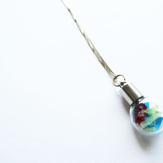 Mixed Bio-Trimmings Flat Bulb Necklace