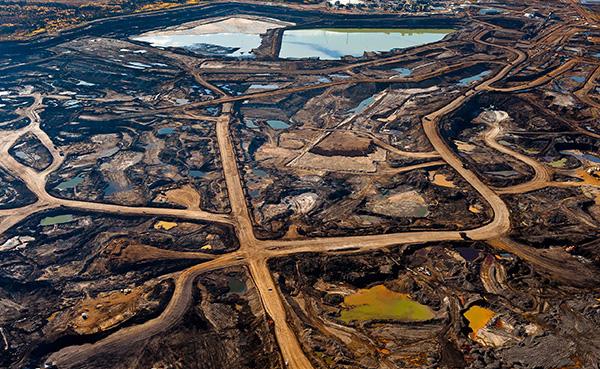 aerial photo tar sand mine canada destruction catastrophe