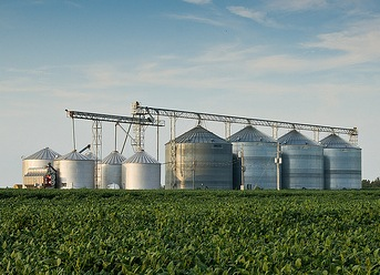 Grain bins by wpe9fon via Flickr.