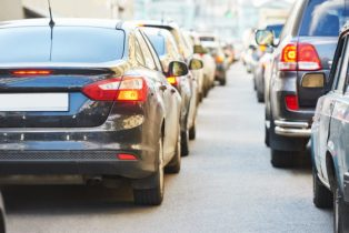 These 5 Driving Tips Can Help You Minimize Vehicle Emissions