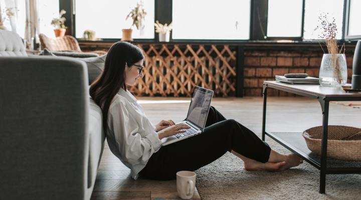 Lessen your environmental footprint as a remote worker - Photo by Vlada Karpovich from Pexels -
