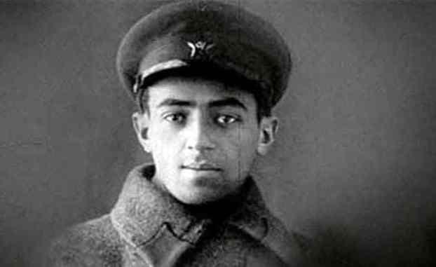 Владимир Этуш в молодости