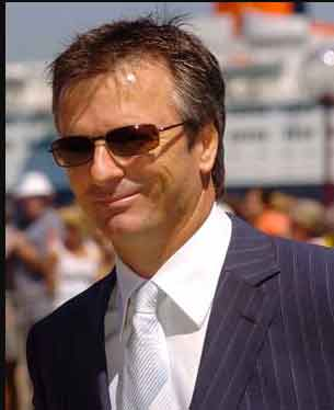 Biography of Steve Waugh