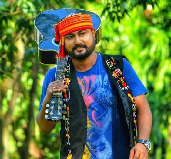 Babu Baruah (Singer) [Kumud Baruah] Age, Wiki, Biography, Songs ...