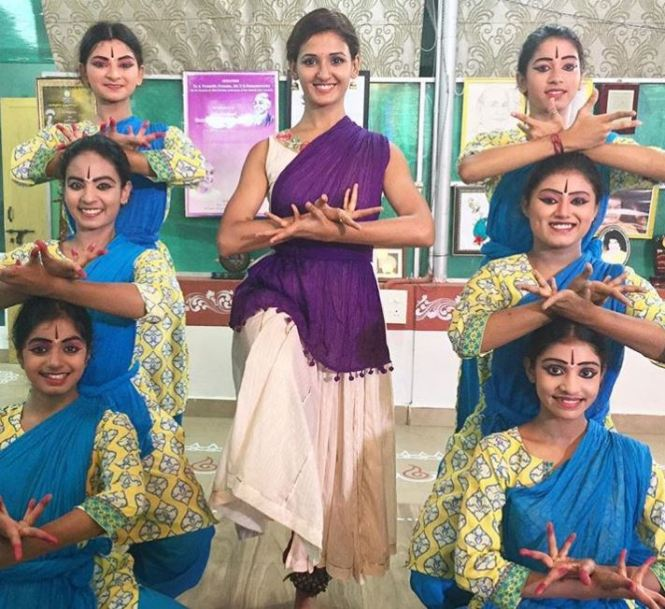 Shakti Mohan dance training