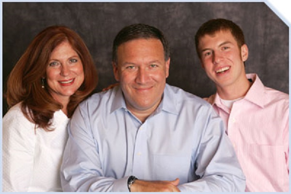 Mike Pompeo with his wife Susan and son Nick.