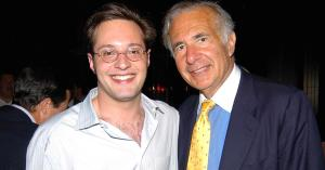 Carl Icahn with his son.