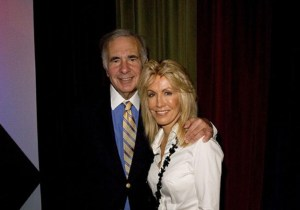 Carl Icahn with his present wife Gail.