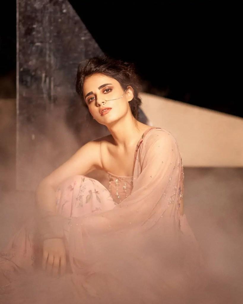 Radhika Madan Hot Pic