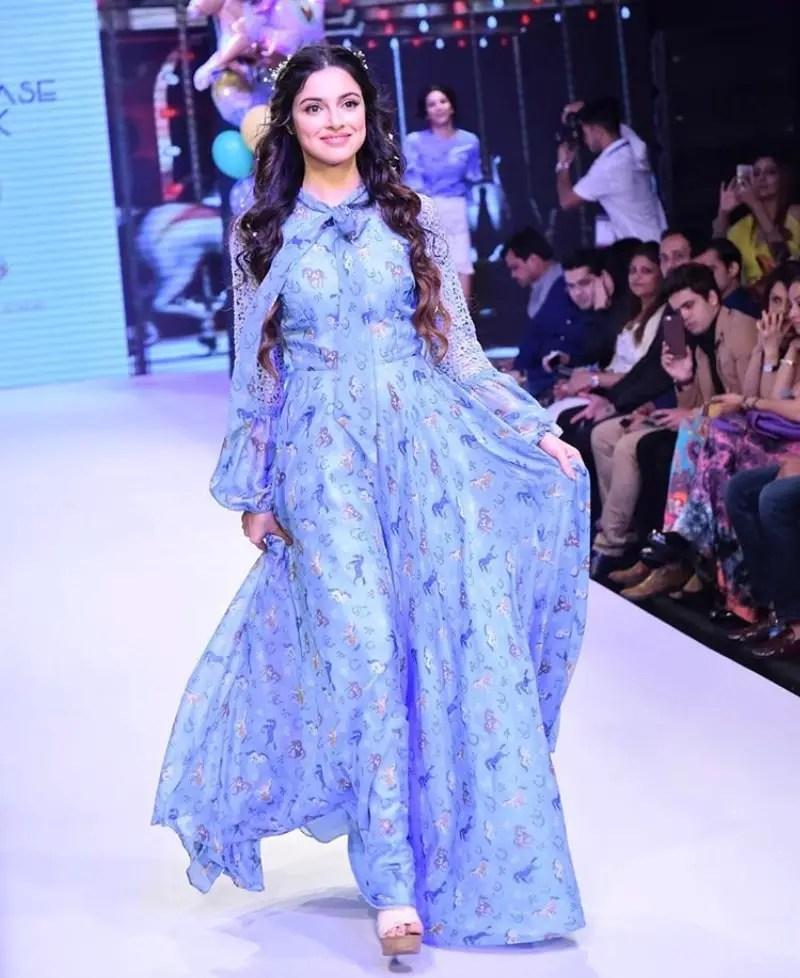 Divya Khosla Kumar sexy hot