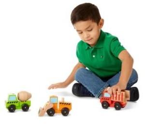 mainan kayu membahayakan