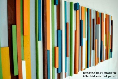 mengecat dinding kayu menggunakan cat kayu besi orchid