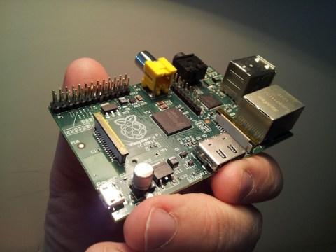 Raspberry Pi (CC-BY-SA 3.0)