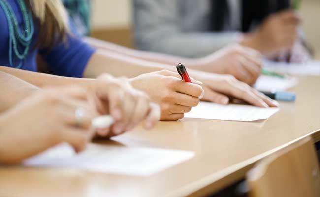 Тестови са окружног такмичења из биологије – средња школа