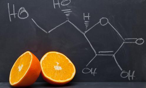 Βιταμίνη C: Η κρίσιμη θρεπτική ουσία στην πανδημία Covid-19!
