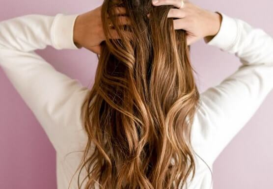 Hot Oil Aromatherapy Treatment for Your Hair