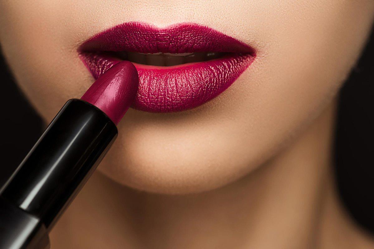 Lumson Launches PLA Lipstick Packaging – Bioplastics News