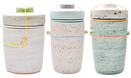1.413 Enlever une tache d'herbe sur de la céramique, la faïence ou la porcelaine.jpg