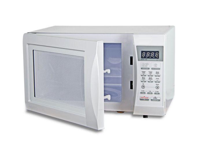 1.1187 Laver le four micro-ondes (3)