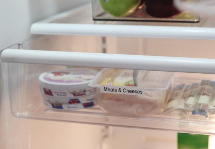 1.1256 Enlever les odeurs de la boîte à fromage.jpg