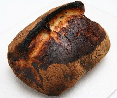 2.35 Récupéré un pain, gâteaux et pâtisseries brulés