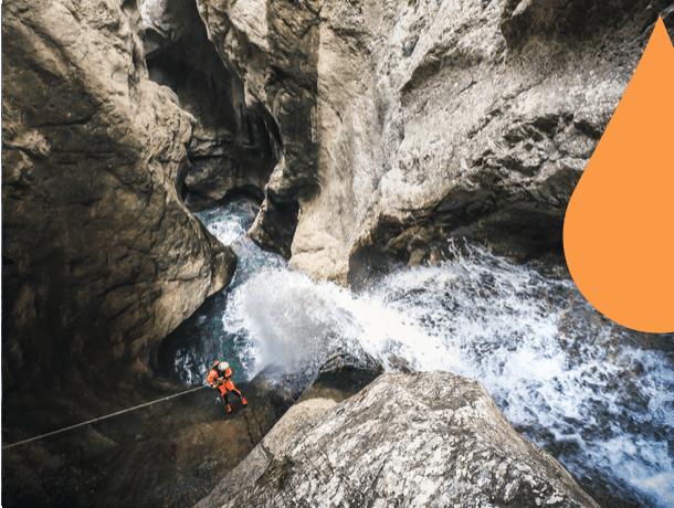 Venez découvrir l'un des plus beaux canyoning d'Europe ! Une journée d'aventure exceptionnelle dans le Vercors !