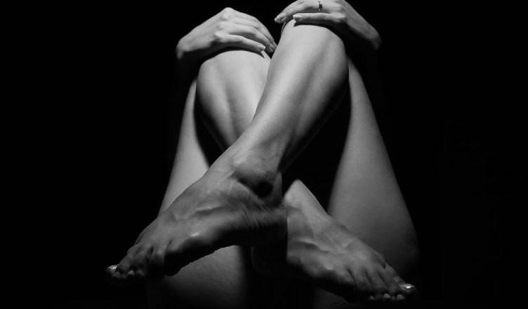 Skurcze nóg mogą noc zmienić w koszmar