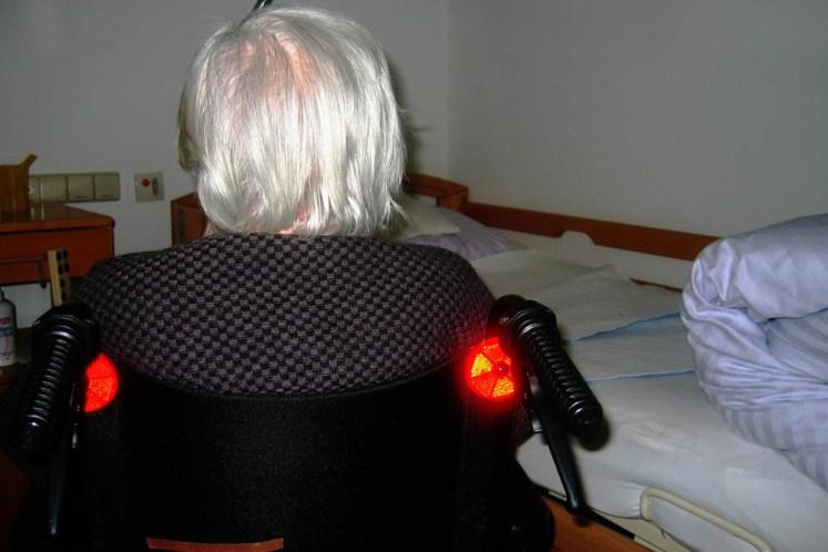 Jeżeli się bierze samo wapno to ryzyko demencji gwałtownie wzrasta. A proszę mi pokazać chorą, czy chorego, któremu zlecono wykonanie badania 25 OHD przed przepisaniem wapnia?