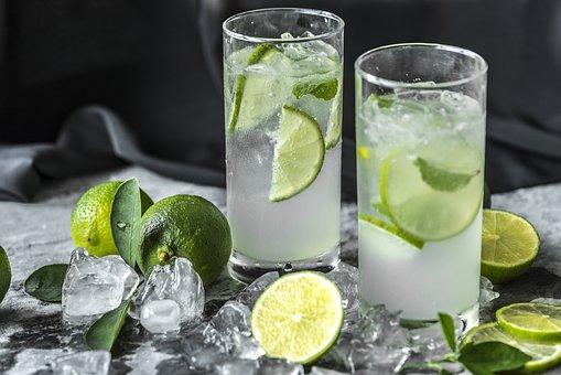 Limonlu Detoks Suyu Nasıl Yapılır?