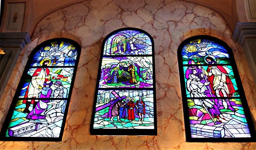 Vitraji kapele sv. Roka