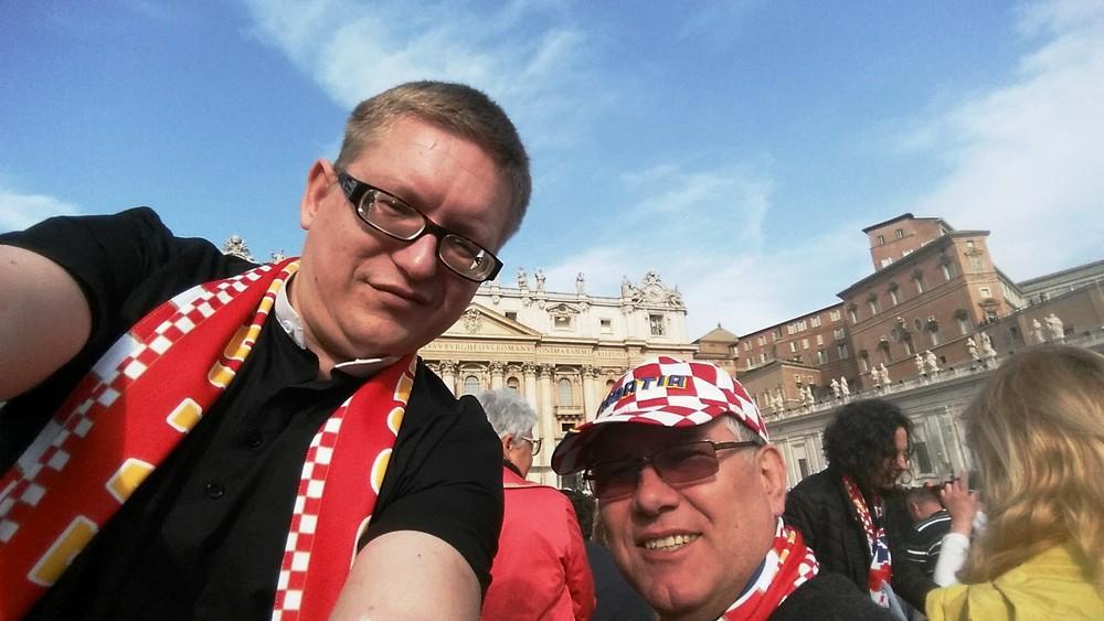 Na Trgu sv. Petra u Rimu za hodočašća Apostolata molitve.
