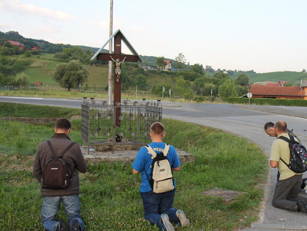 Na prvom pješačkom (noćnom) hodočašću osnivača udruge Obiteljski KLUB u Svetište Majke Božje Bistričke.
