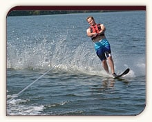 Waterskiing action