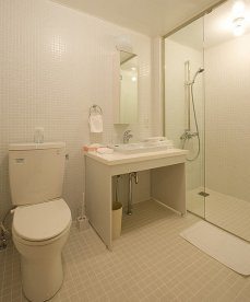 birchgrove-bathroom2