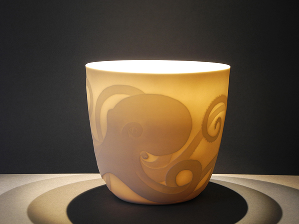 Cathrine Holtet. Octopus Bowl