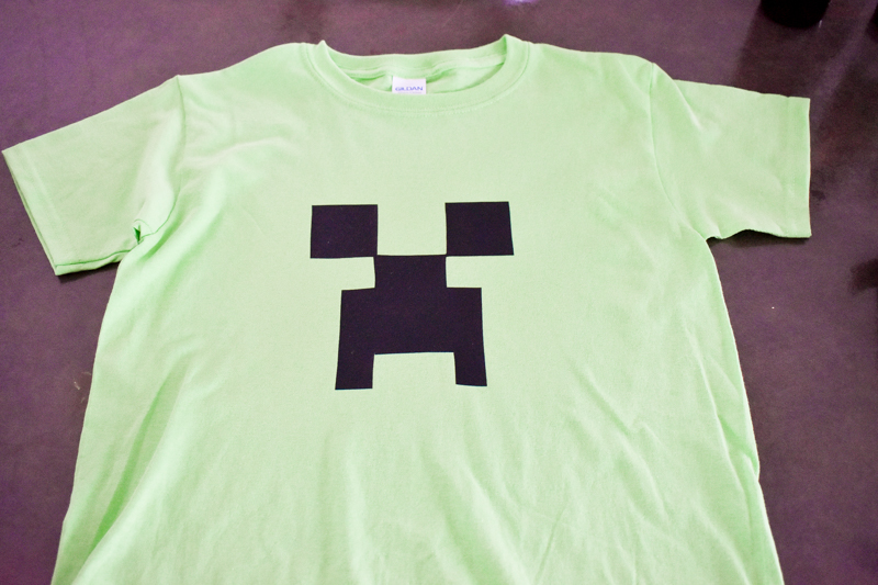 819f635cd DIY Minecraft shirt party favor tutorial .
