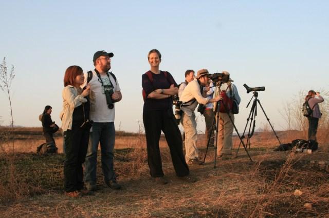 Beijing Hikers enjoying the afternoon birding session at Miyun on Saturday.