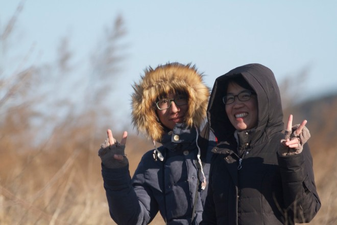 Xing Chao (left) and Huang Mujiao at Miyun Reservoir after finding JANKOWSKI'S BUNTING