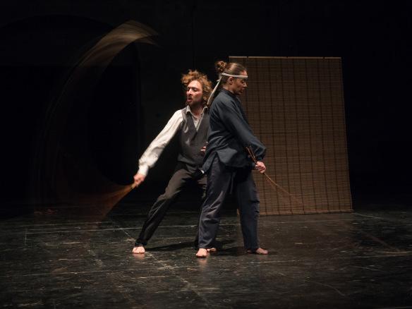 Anomalia Teatro / Ouroboro