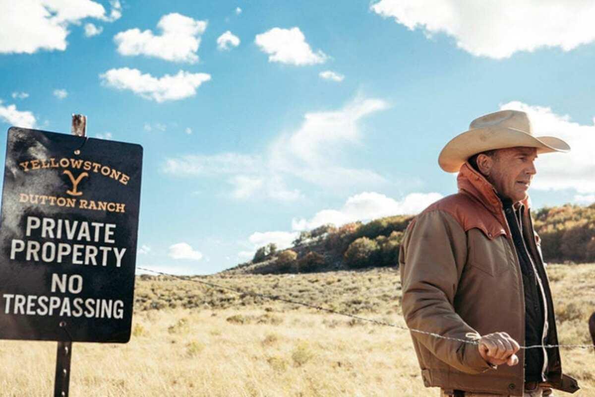 John Dutton, Yellowstone 2