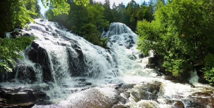 Chutes_Waber_-_Parc_national_de_la_Mauricie,_Québec-2