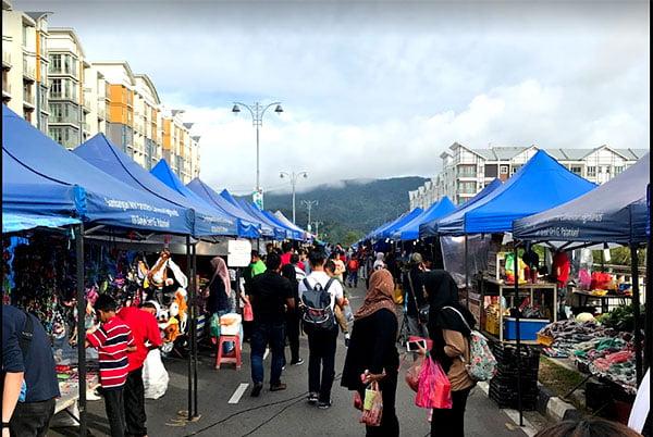 Golden Hills Pasar Malam