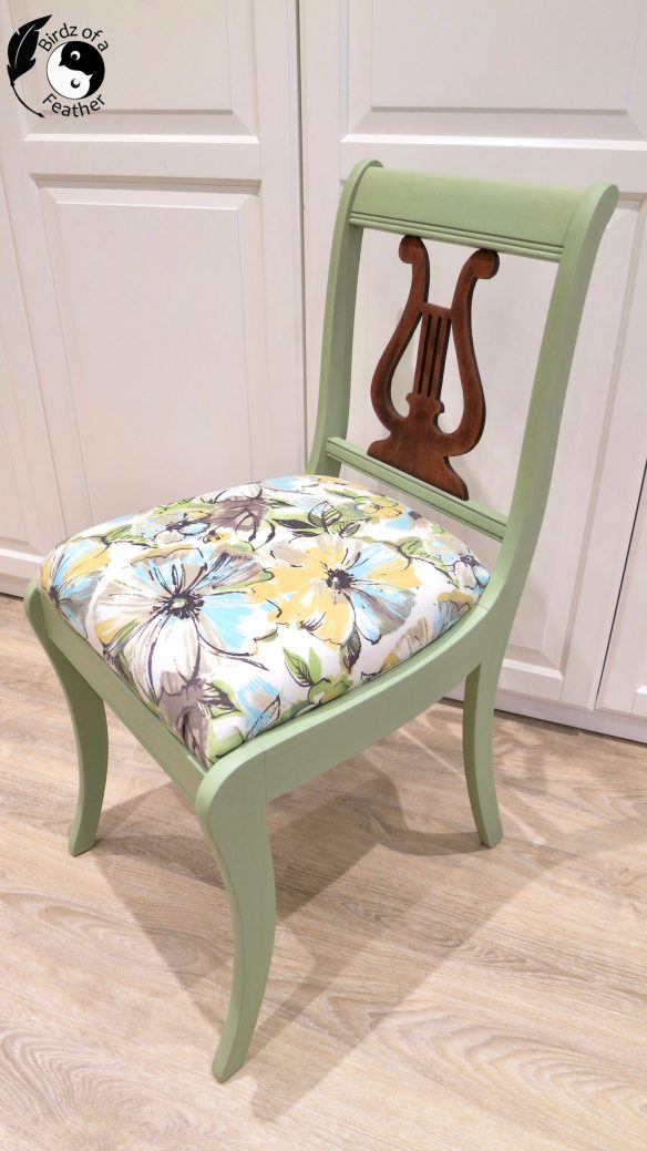 At only $5 this wooden chair repair is well worth the effort and we'll show you how! Birdz of a Feather | painted chair | painted chair ideas | painted chairs diy | milk paint | milk paint chairs | chair makeover | vintage chair | chair design | chair design wooden | wooden chair makeover | wooden chair design | wooden chairs diy | harp back chair makeover | harp back chairs | harp back chair redo | painted harp back chairs | how to repair a chair | how to repair a chair leg