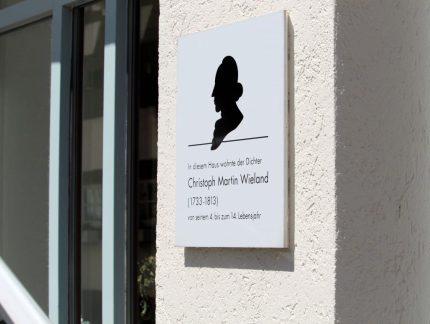 Gedenktafel am Biberacher Elternhaus