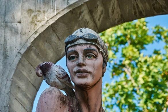 statue-4261670_1920