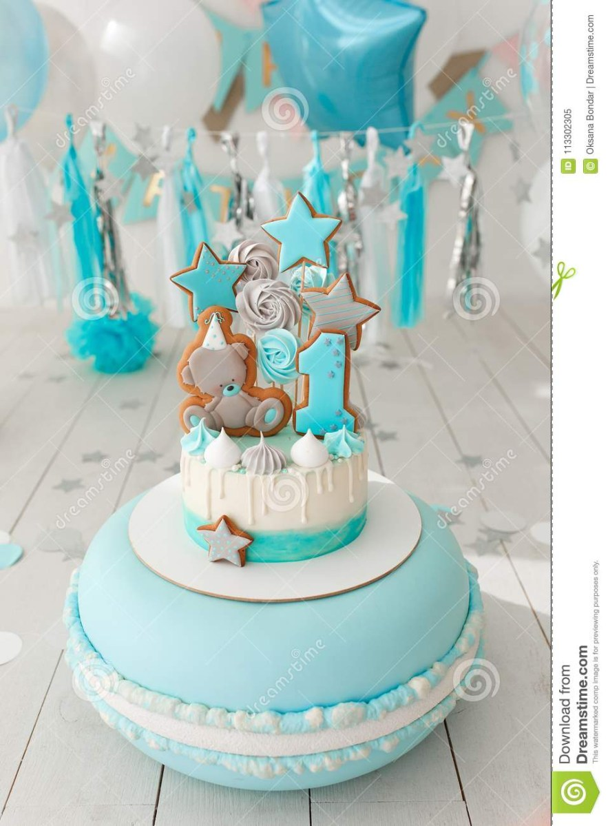 Awe Inspiring 1St Birthday Cake Girl First Birthday Cake With White And Blue Personalised Birthday Cards Veneteletsinfo