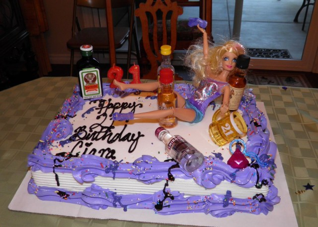 21St Birthday Cakes For Her Drunk Barbie Cake 21st Birthday Cake Love I Think This Is What
